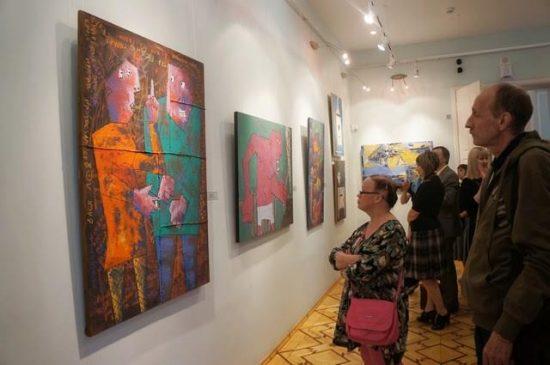 На выставке «Современное искусство для всех» в Музее изобразительных искусств Карелии