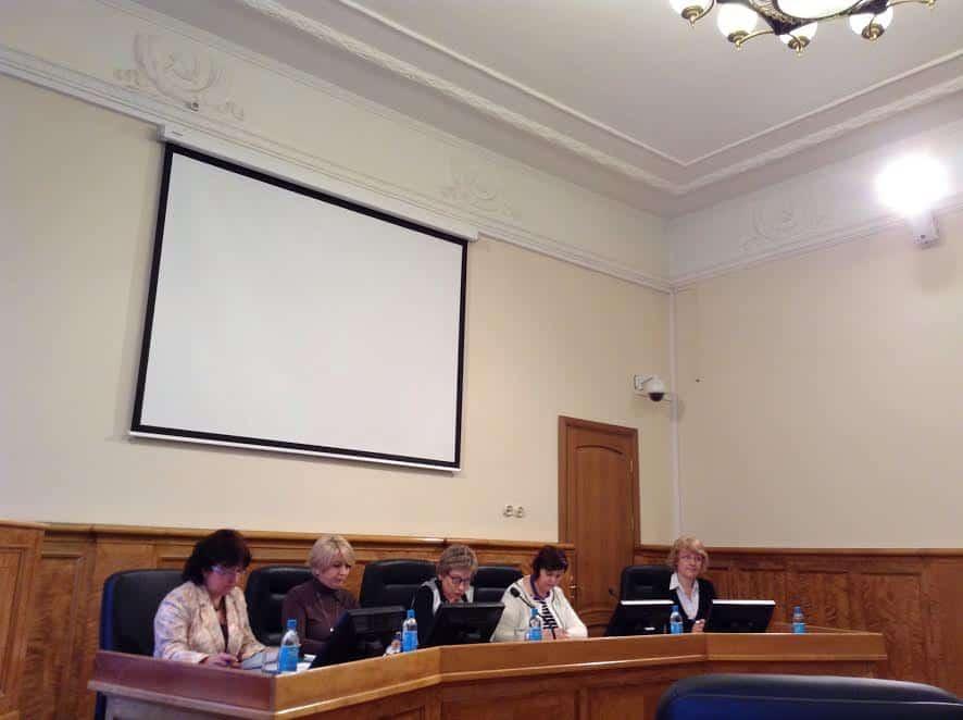 Члены комитета (слева направо): Ирина Кузичева, Галина Гореликова, председатель Лариса Подсадник, Светлана Бачой, Марина Лебедева