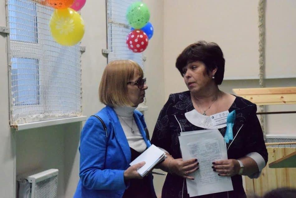 Зинаида Ефлова (слева) и Елена Запольских