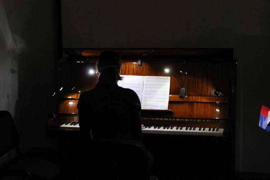 Музыкальный перформанс «Медленно и тихо. Ночь искусств в «Vыходе»