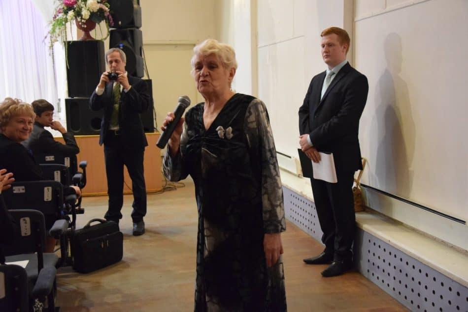 Галина Корожнева возглавила школу в 1986 году