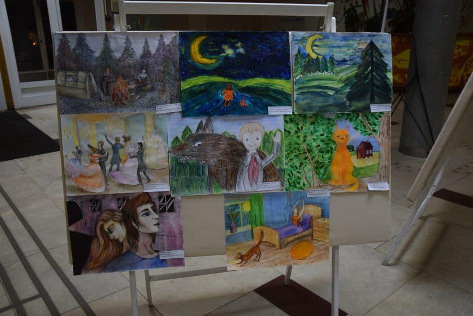 Выставка работ учеников художественного отделения в фойе филармонии
