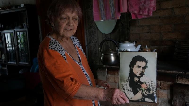 Алма Егоровна Сапожникова. Кто скажет, что ей за 80?