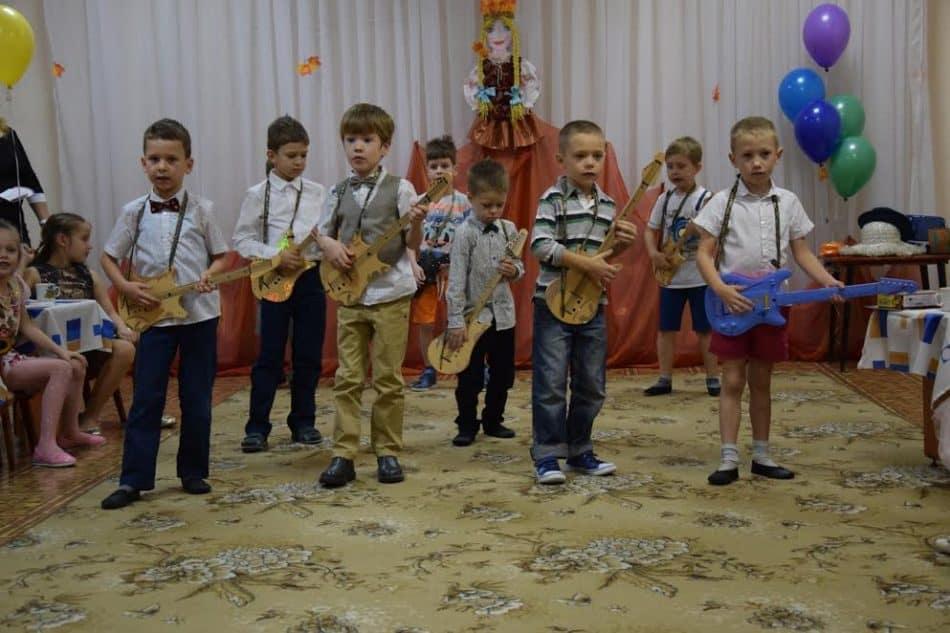 Юные гитаристы