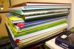 Детские библиотеки Карелии проводят акцию «Подари ребёнку книгу»