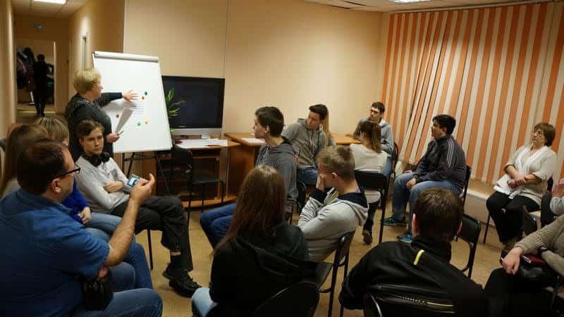 Подготовка к обсуждению. Фото Ирины Ларионовой