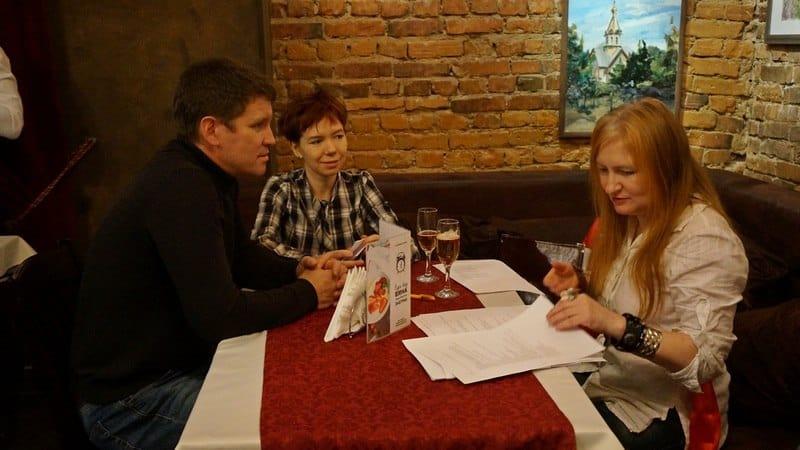 Александр Бушковский, еще один представитель новой северной прозы Ирина Мамаева (в центре) и Анна Матасова