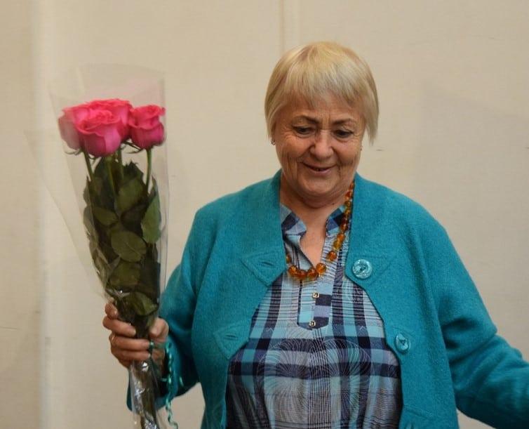 Ия Георгиевна Кобелева была директором школы в 70-е годы
