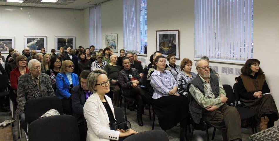 """Авторамитолько печатного """"Лицея"""" были около 500 человек!Чтобы всех собрать, потребовалось бы арендовать театр!"""