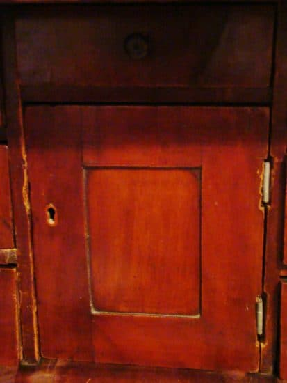 Старинное бюро