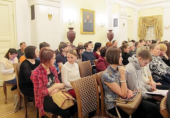Гости презентации в Национальном музее. Среди них люди самого разного возраста