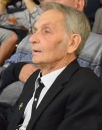 Владилен Ракушин специально приехал из Москвы на 80-летие 9-й школы. Ноябрь 2016 года. Фото Марии Голубевой