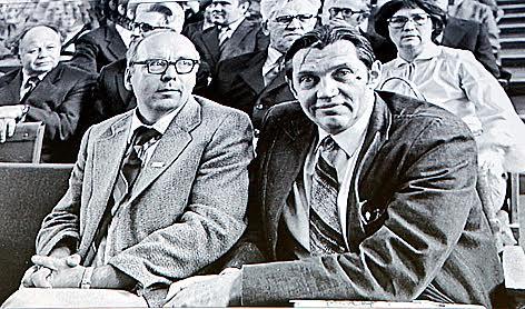 Марат Тарасов и Роберт Рождественский на празднование 40-летия ПетрГУ