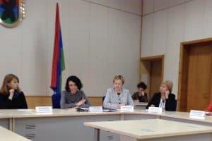 Детский омбудсмен Карелии Оксана Старшова в Общественной палате республики