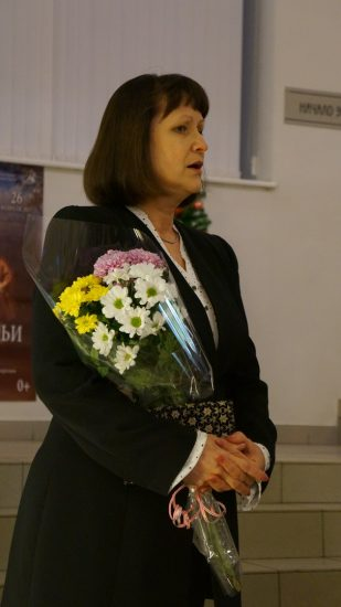 Председатель ТСХ Татьяна Красовская на вернисаже