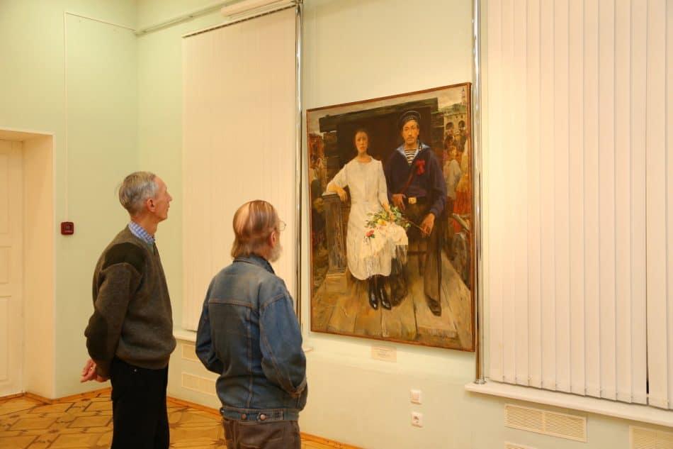 """Выставка """"Портрет семьи"""" из ГРМ в Музее изобразительных искусств Карелии. Фото Владимира Ларионова"""