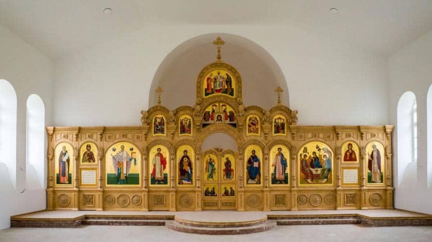 Новый иконостас для воссозданного храма. 2016 год. Фото Андрея Савина