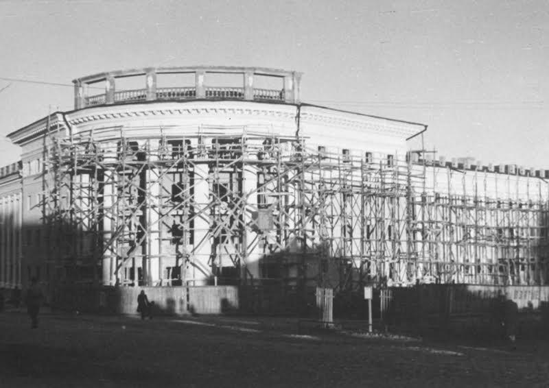 """Восстановление гостиницы """"Северная"""". Фото из фондов Национального музея Карелии"""