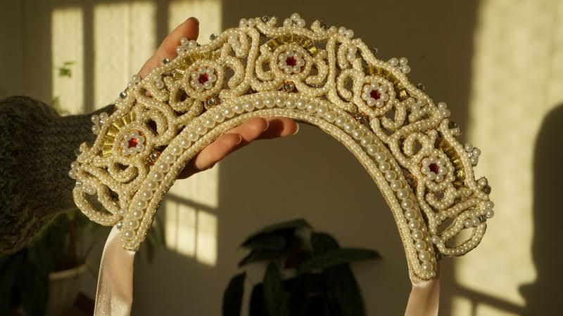 Елена Дмитриенко создала свадебный венец. Вот, так он выглядел
