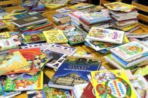 Детская библиотека Карелии передала более 500 книг для маленьких пациентов больниц