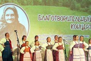 Девочки из «Петровской слободы» просто завели зал!