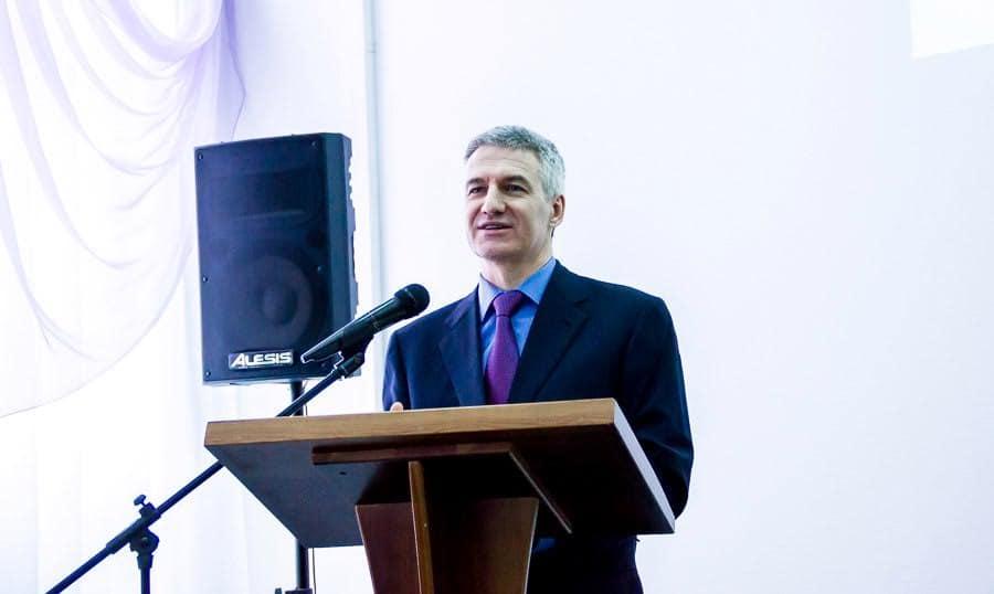 Артур Парфенчиков отвечает на вопросы педагогов