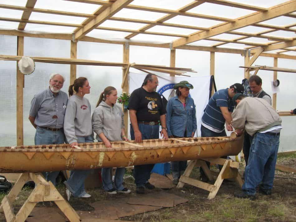 Участники международного молодежного проекта «Лодки». Петрозаводск, июнь 2007 год. Первый слева – Эдвин Халлер