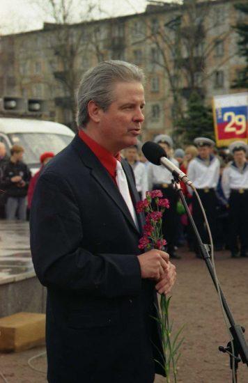Херб Бергсон на праздновании 60-летия Победы, Петрозаводск, 9 мая 2005 года
