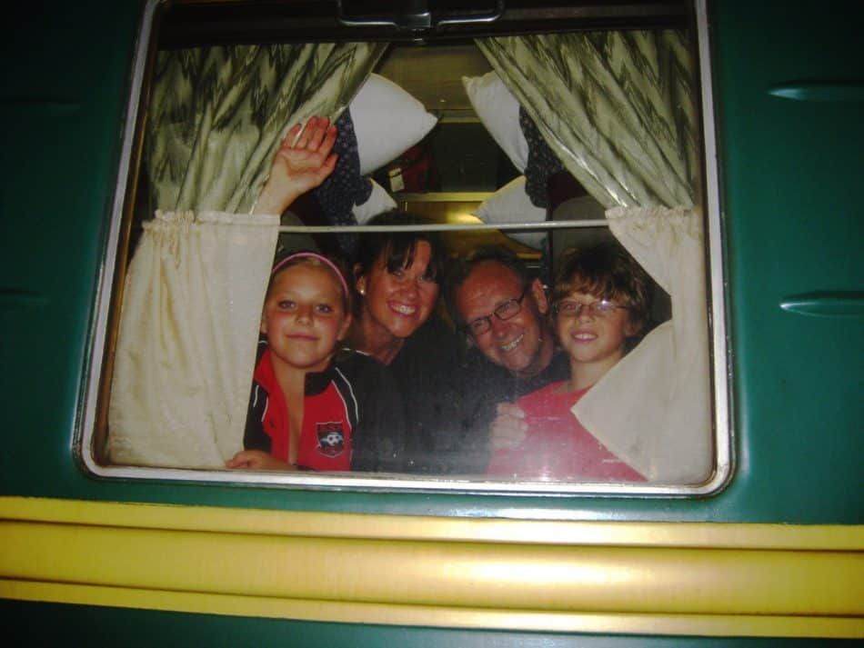 Мелисса и Дэн с детьми – Кристиной и Эндрю, 2009 год