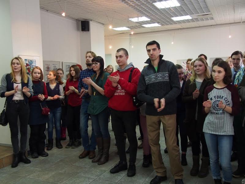"""В Городском выставочном зале Петрозаводска открылась новая выставка """"На двоих"""""""
