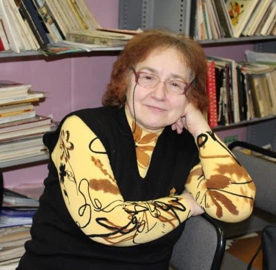 Нина Веселова