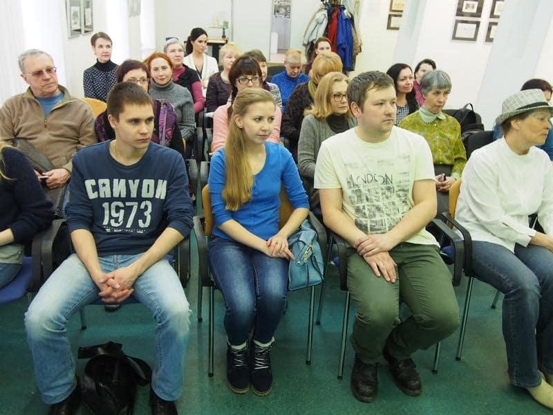 В медиа-центре «Vыход» состоялась очередная лекция Артема Стародубцева на тему «Итальянское искусство, ХХ век»