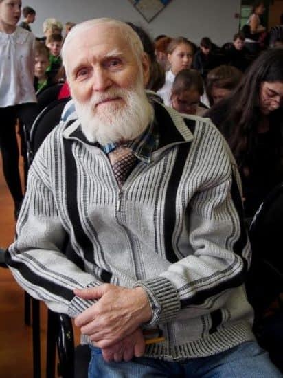 Писатель Игорь Востряков