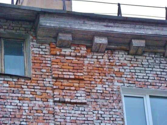 Деревянные кронштейны дома №22 по ул. Гоголя