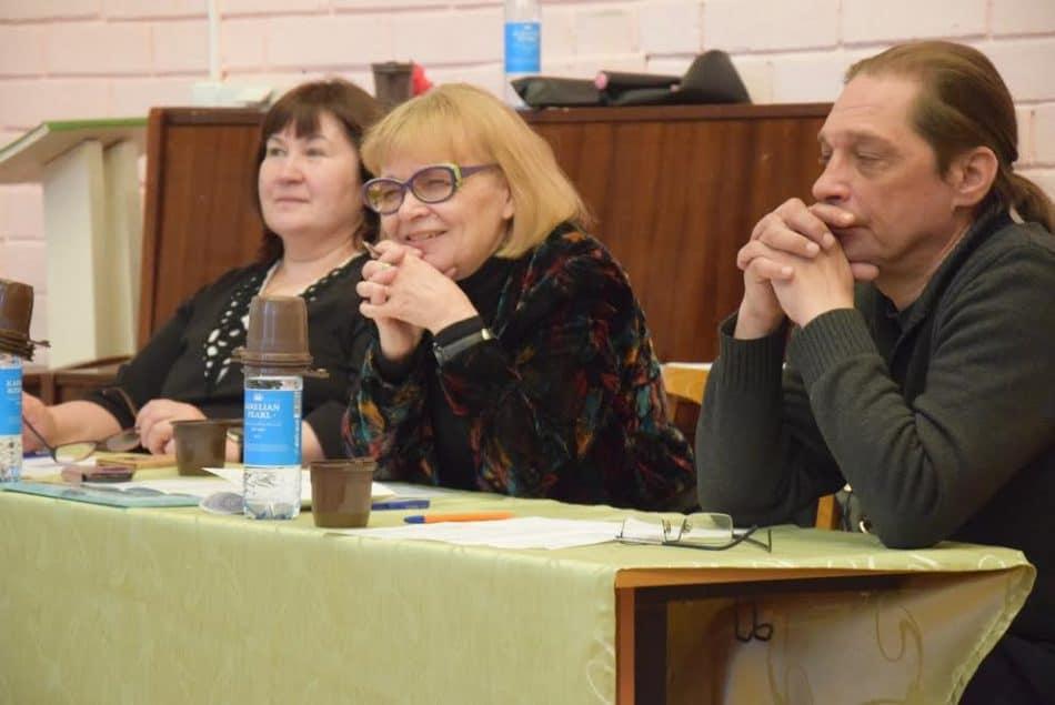 Жюри конкурса - Людмила Пархомук, Зинаида Ефлова (в центре) и Евгений Погадаев