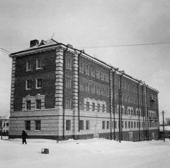 13 Дом комсостава на углу Гоголя - Антикайнена в 1942 г. Фото с сайта Сил обороны Финляндии