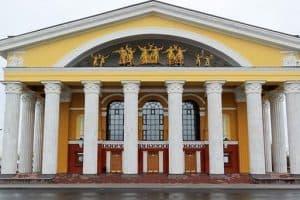 Музыкальный театр РК предоставит сегодня праздничные скидки на билеты
