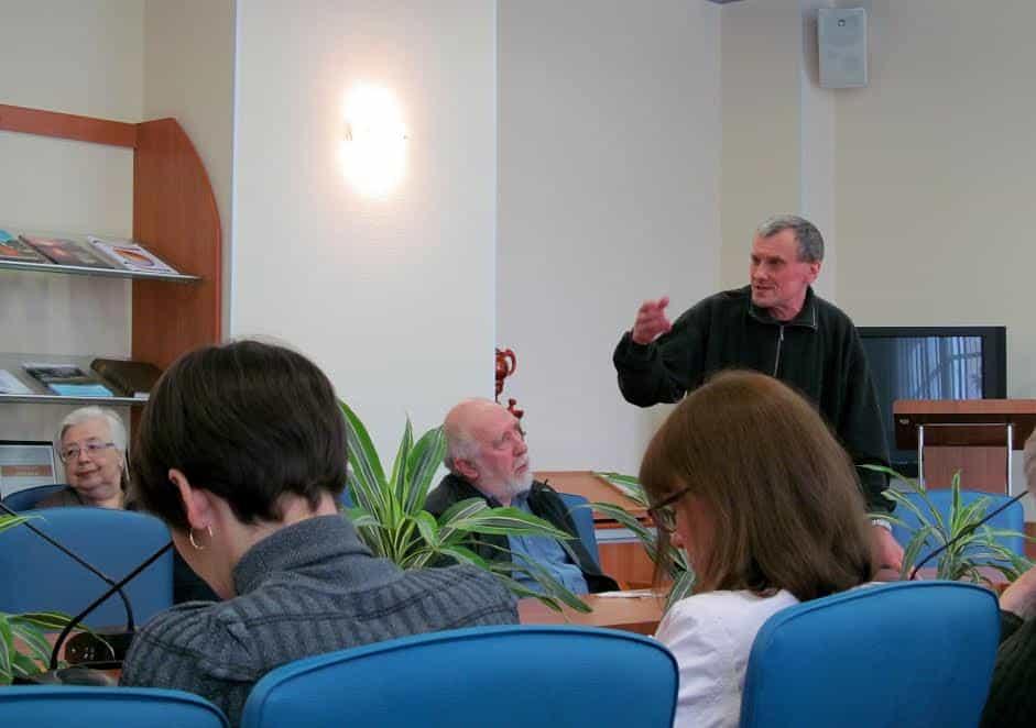 Профессору Александру Иванову не дали завершить учебный год