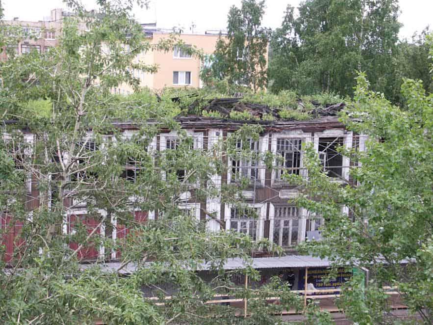 Здание бывшей детской поликлиники в центре Петрозаводска   - объект культурного наследия. Фото Ирины Гришиной