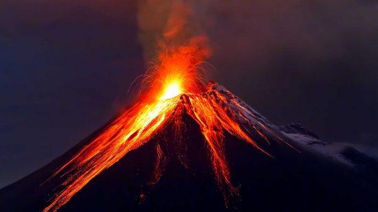 vulkan-izverzhenie-lava-1032