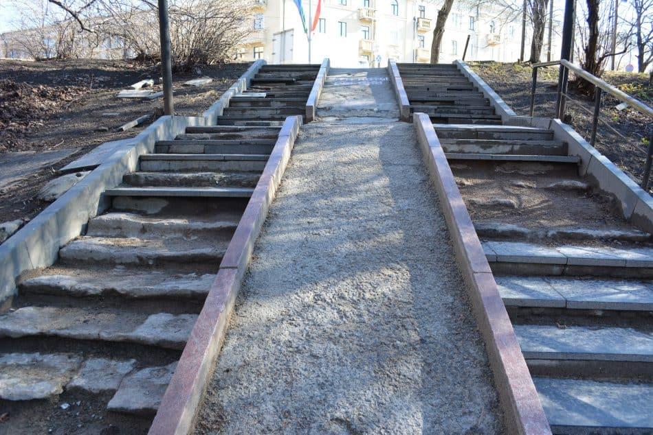Лестница в парк с улицы Дзержинского