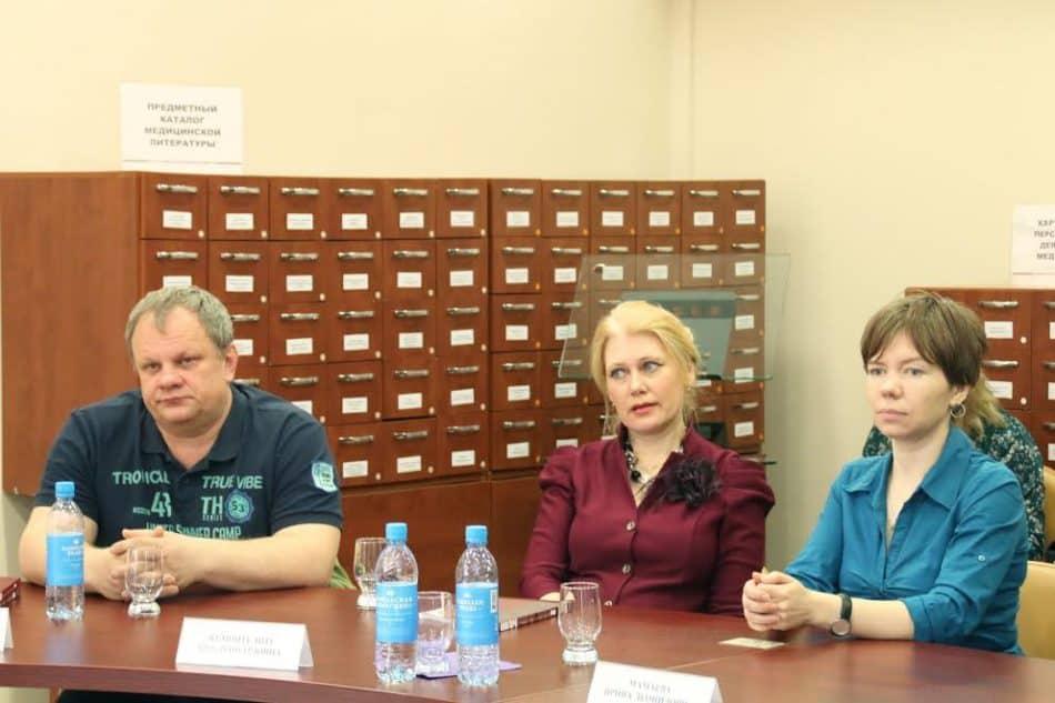 Слева направо: Сергей Пупышев, Яна Жемойтелите, Ирина Мамаева