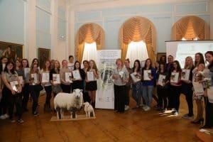 Музей изобразительных искусств Карелии представит проект «Шерстяное тепло» в Москве