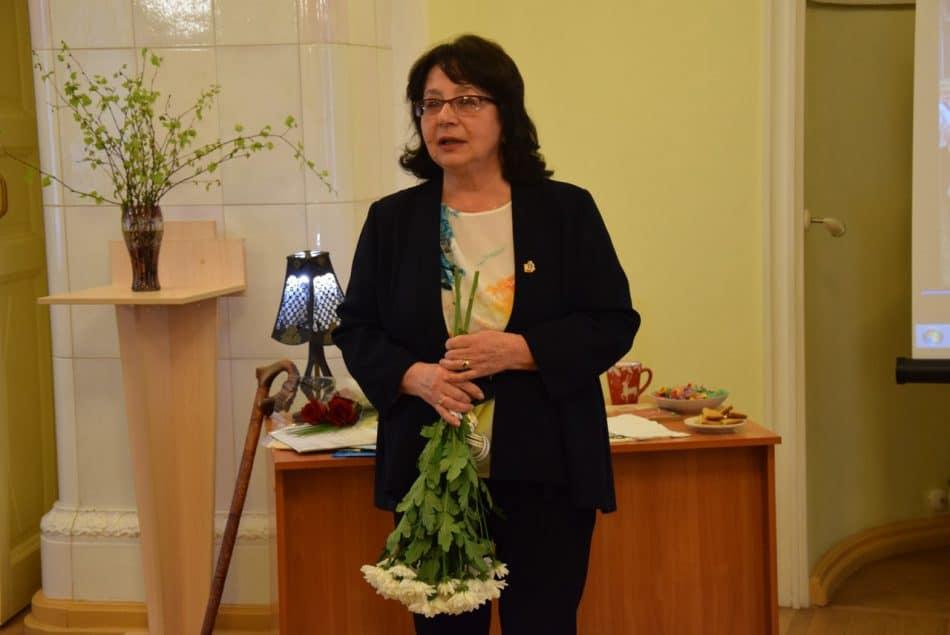 Одна из любимых учениц Фрадкова Валентина Акуленко, заслуженный журналист Карелии