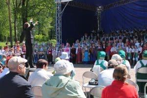 На песенном фестивале в Олонце. Фото пресс-службы правительства РК