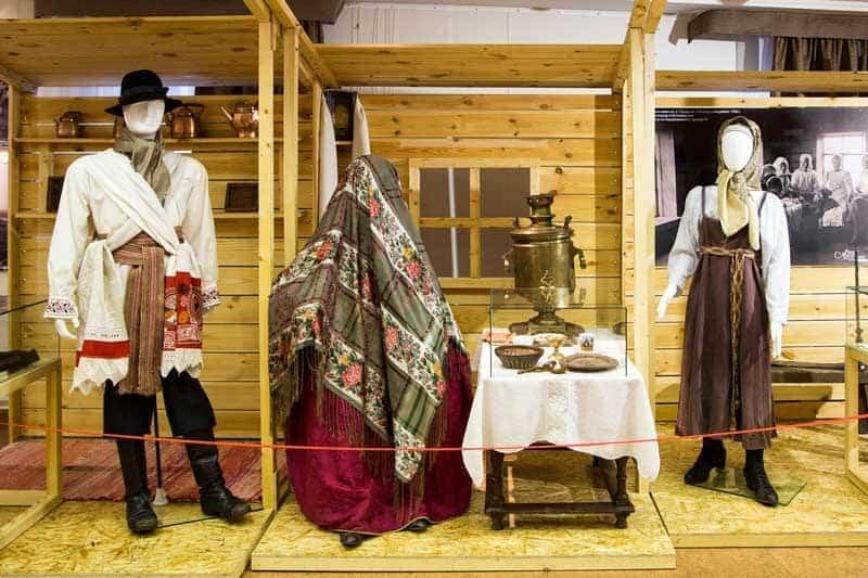 Выставка в Национальном музее Карелии «Жениться, что заново родиться». Свадебная обрядность Карелии»