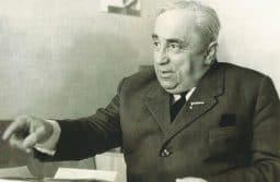 Александр Витухновский на занятиях