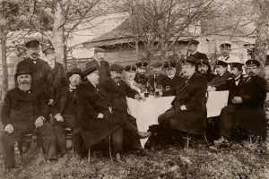 Фотография членов Лодейнопольской земской управы (после реставрации)