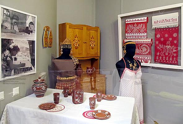 Часть экспозиции, посвященная «Карельским узорам»