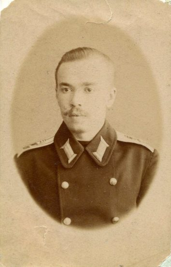 1892 год. Гардемарин Адриан Непенин. Фото lukigrad.ru